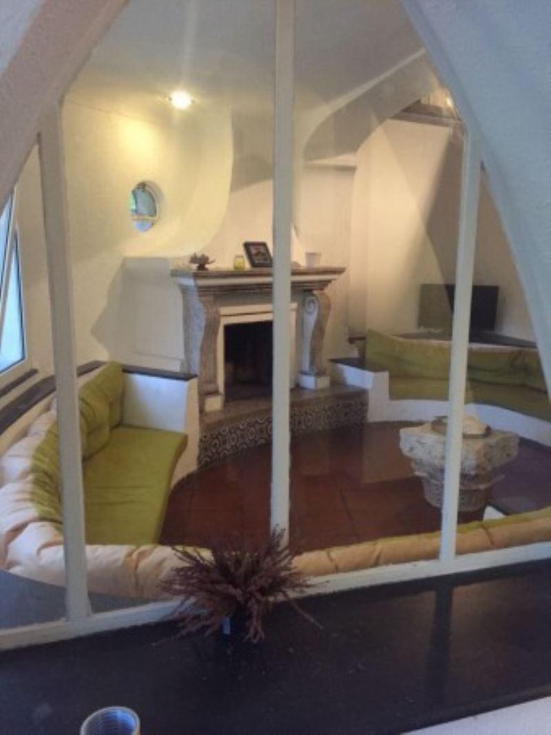 Villa in affitto a Napoli, 6 locali, zona Zona: 1 . Chiaia, Posillipo, San Ferdinando, prezzo € 2.850   Cambio Casa.it
