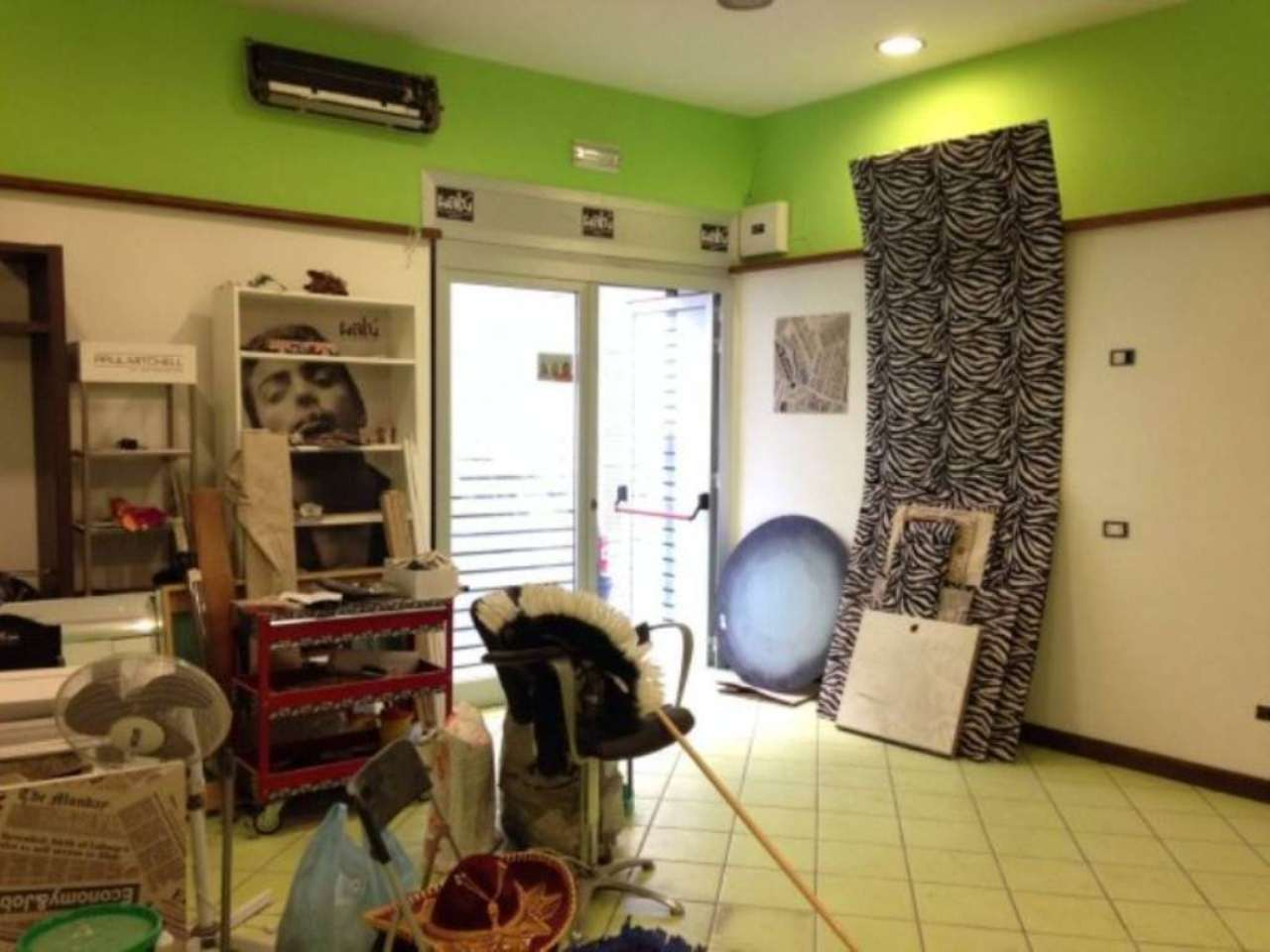 Negozio / Locale in affitto a Marigliano, 2 locali, prezzo € 550 | Cambio Casa.it