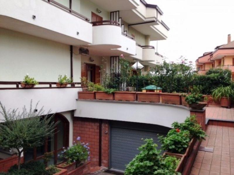 Villa in vendita a Somma Vesuviana, 6 locali, Trattative riservate | Cambio Casa.it