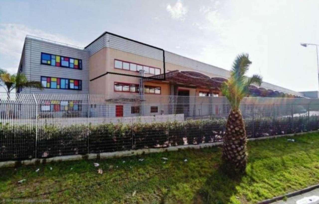 Capannone in affitto a Carinaro, 2 locali, Trattative riservate | Cambio Casa.it