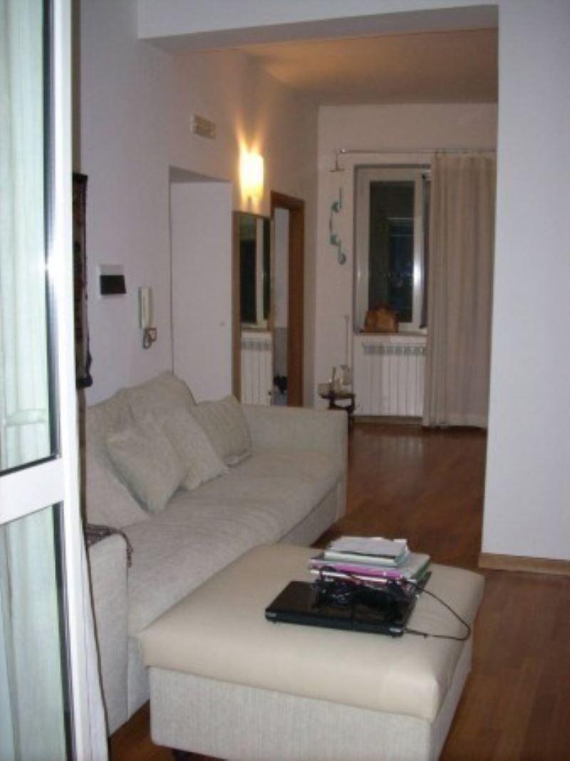 Appartamento in vendita a Pozzuoli, 2 locali, prezzo € 165.000 | Cambio Casa.it