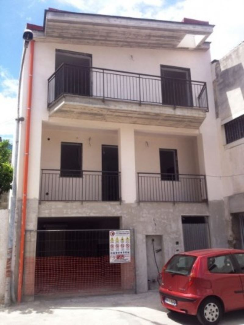 Soluzione Indipendente in vendita a Mariglianella, 4 locali, prezzo € 220.000   Cambio Casa.it