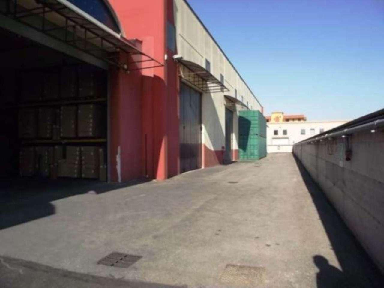 Capannone in affitto a Orta di Atella, 1 locali, Trattative riservate | Cambio Casa.it
