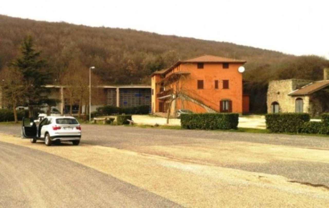 Agriturismo in vendita a Viterbo, 6 locali, Trattative riservate | Cambio Casa.it