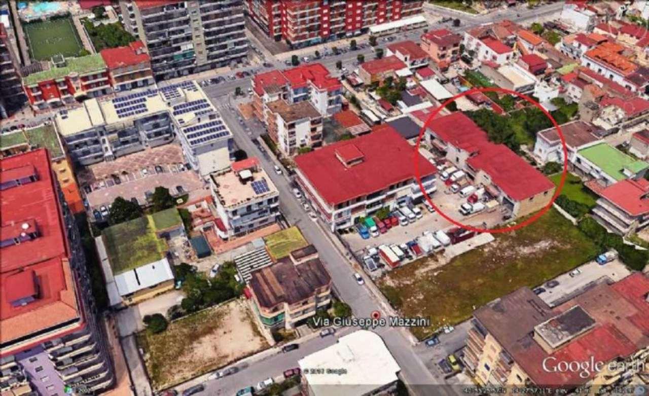 Negozio / Locale in affitto a Marigliano, 1 locali, Trattative riservate | Cambio Casa.it