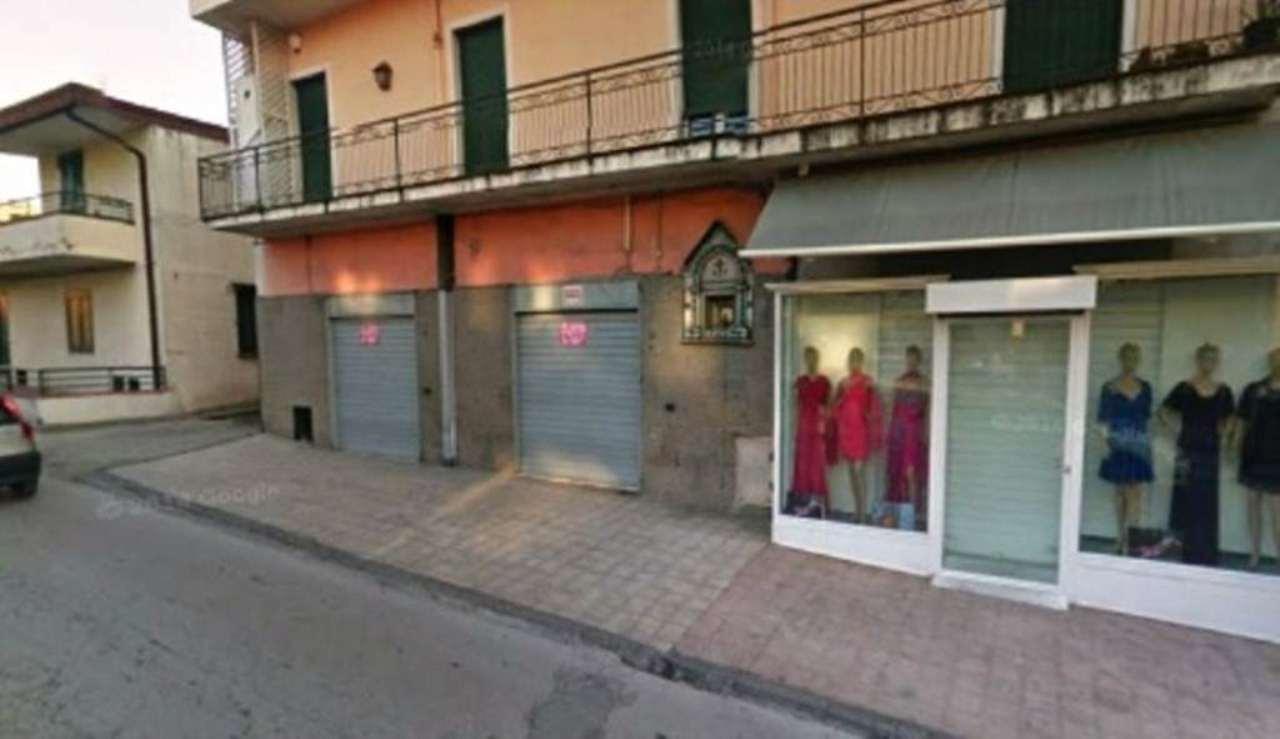 Negozio / Locale in affitto a Ottaviano, 1 locali, prezzo € 1.300 | Cambio Casa.it