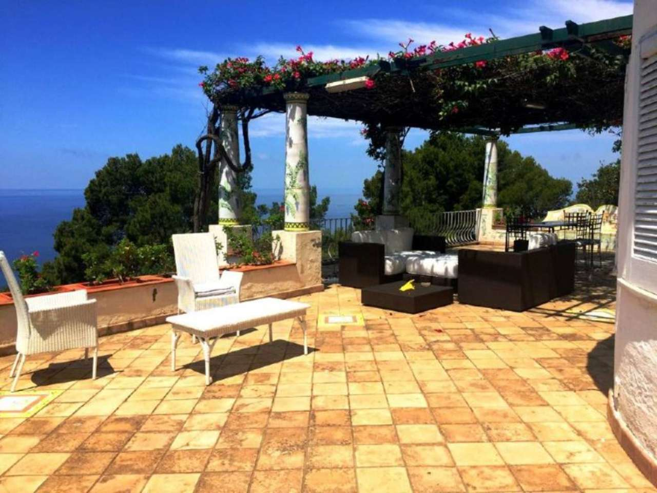 Villa in vendita a Anacapri, 8 locali, Trattative riservate | Cambio Casa.it