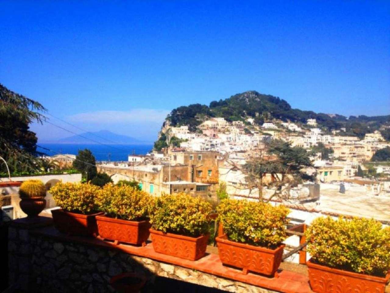 Soluzione Indipendente in affitto a Capri, 3 locali, Trattative riservate | Cambio Casa.it
