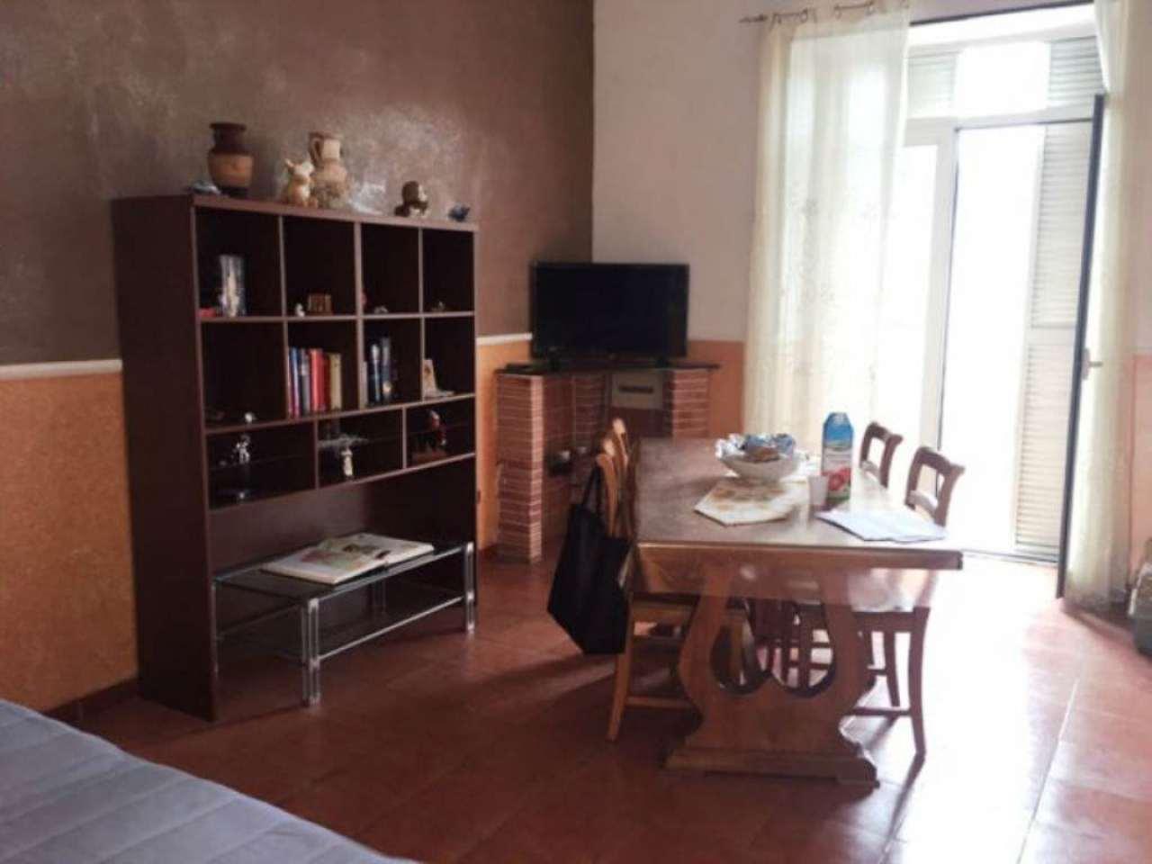 Appartamento in vendita a Castello di Cisterna, 4 locali, prezzo € 150.000 | Cambio Casa.it