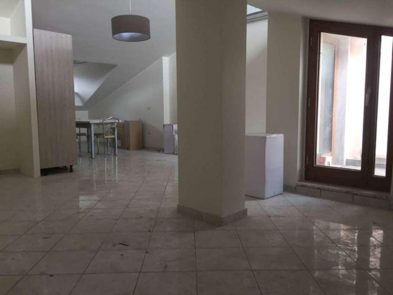 Attico / Mansarda in affitto a Marigliano, 4 locali, prezzo € 450 | Cambio Casa.it