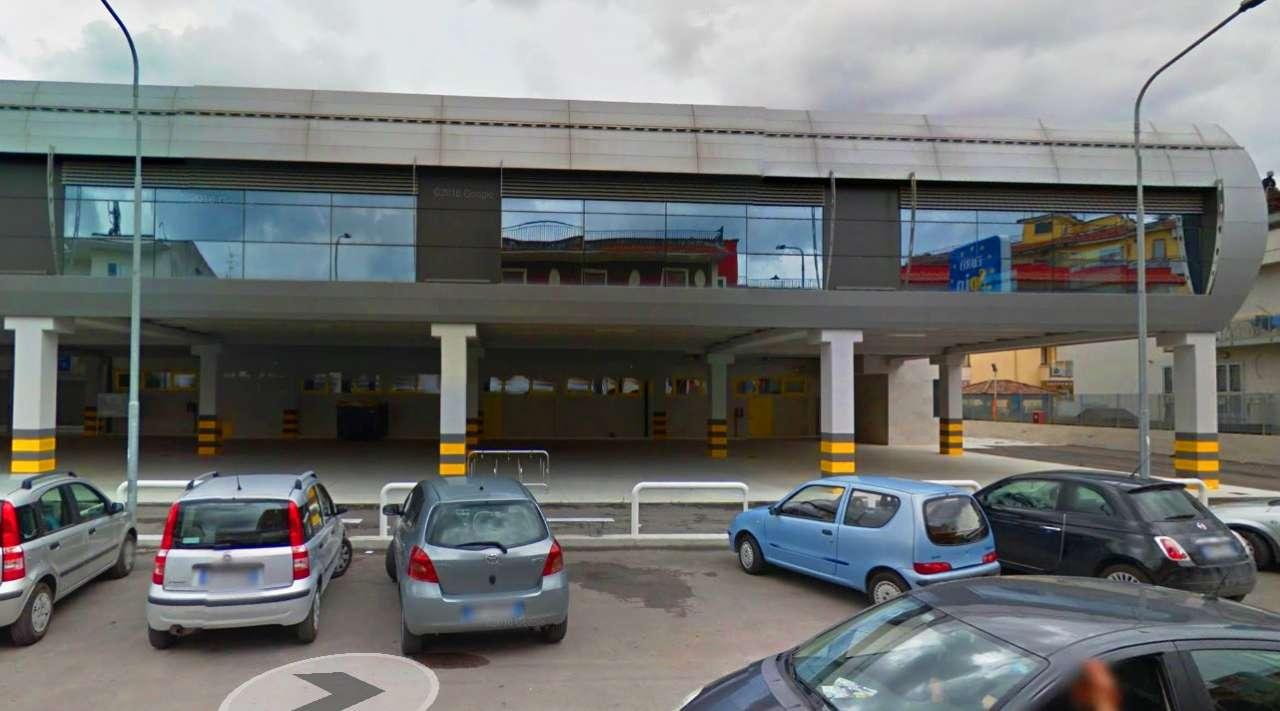 Negozio / Locale in affitto a Saviano, 6 locali, Trattative riservate | Cambio Casa.it