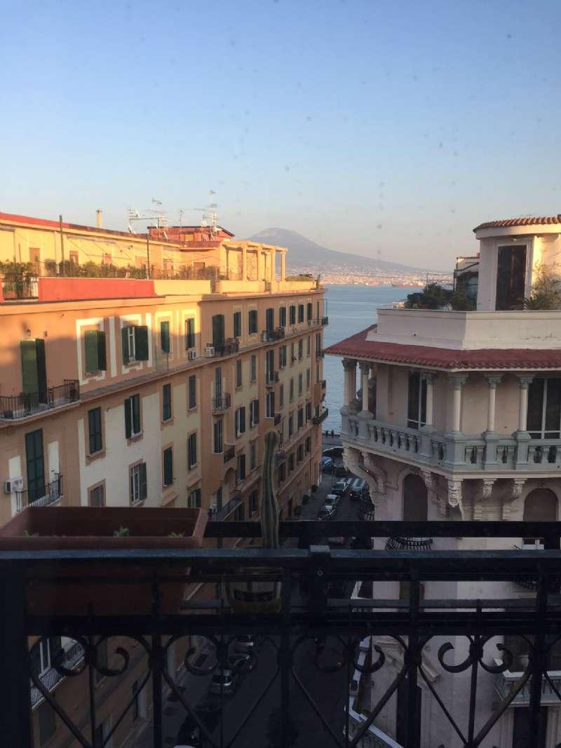 Attico / Mansarda in affitto a Napoli, 3 locali, zona Zona: 1 . Chiaia, Posillipo, San Ferdinando, prezzo € 1.800 | Cambio Casa.it