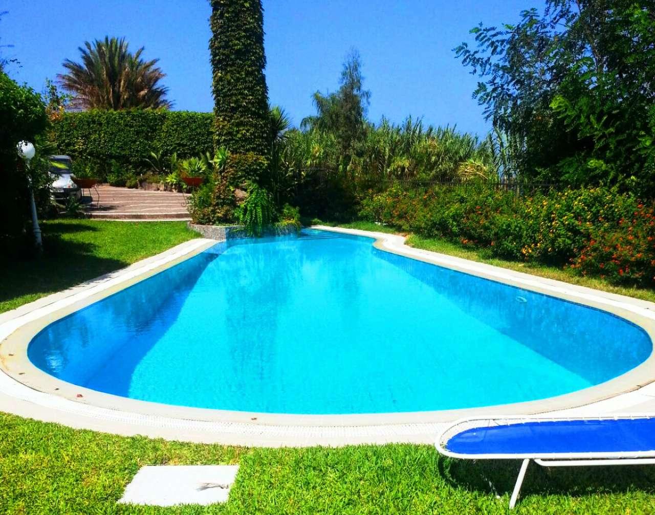 Villa in vendita a Ischia, 5 locali, Trattative riservate | Cambio Casa.it
