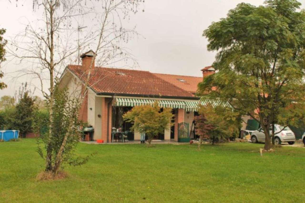 Villa Bifamiliare in Vendita a Scorzè