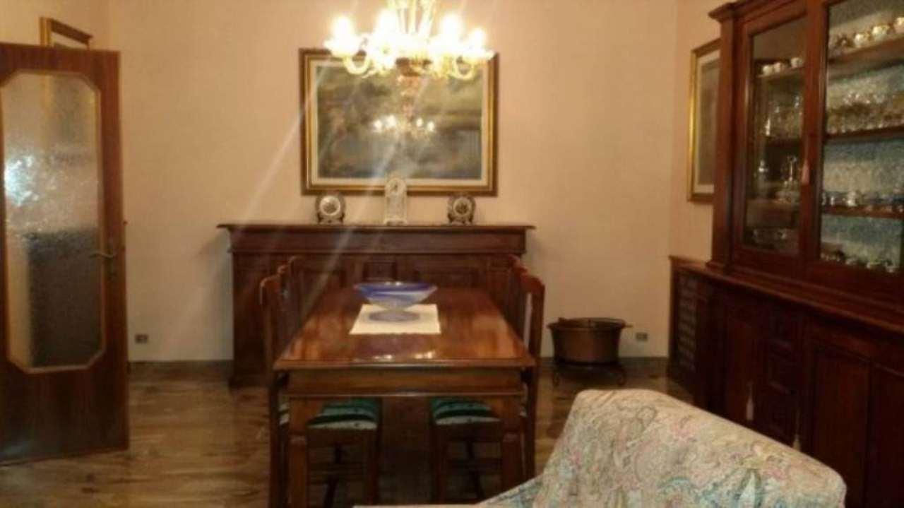 Villa in vendita a Mira, 6 locali, prezzo € 350.000 | CambioCasa.it