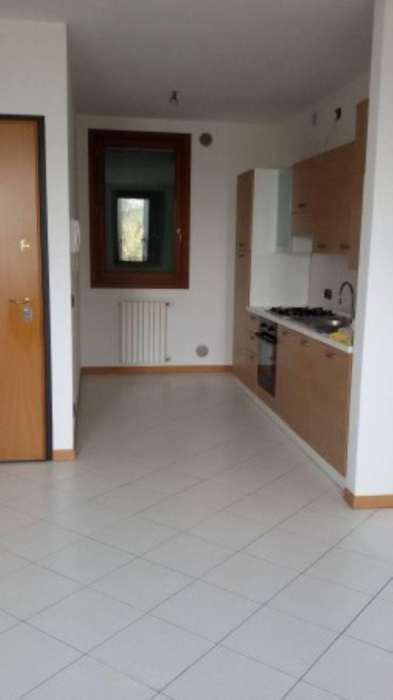 Appartamento in affitto a Dolo, 3 locali, prezzo € 500 | CambioCasa.it