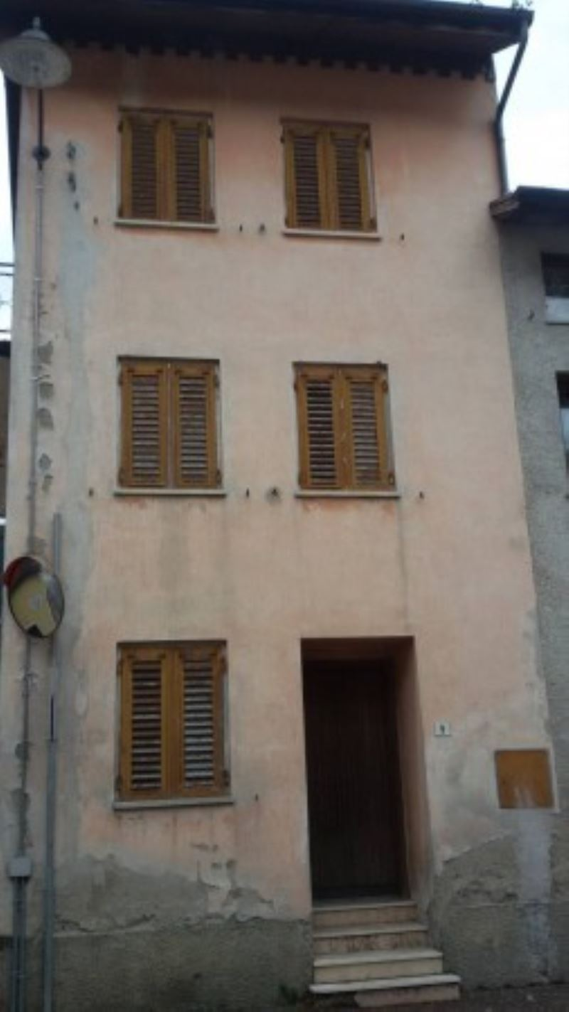 Appartamento in vendita a Bieno, 3 locali, prezzo € 15.000 | Cambio Casa.it
