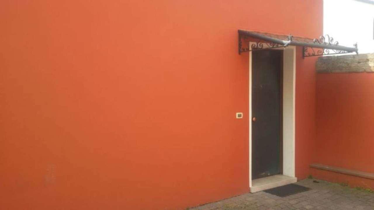 Ufficio / Studio in affitto a Dolo, 2 locali, prezzo € 350 | Cambio Casa.it