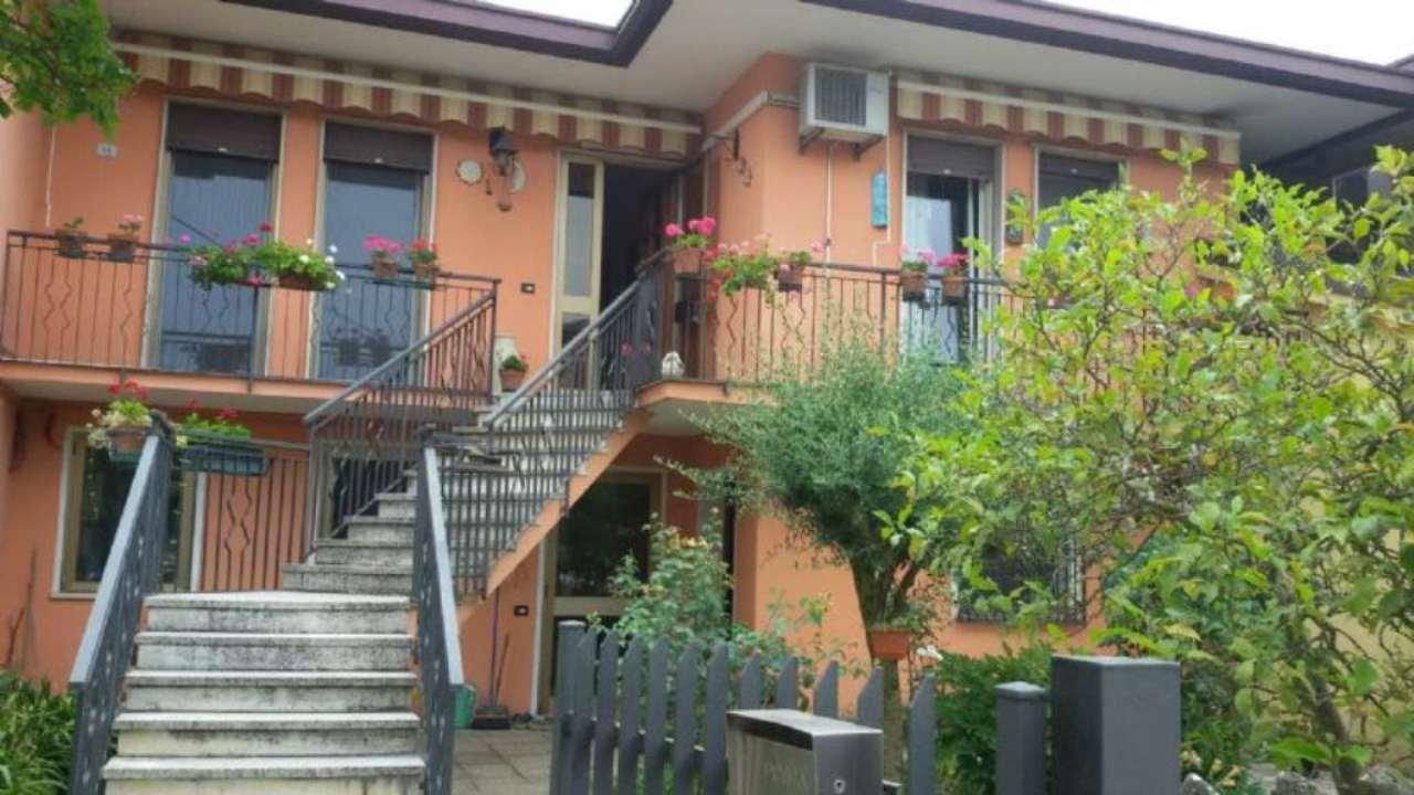 Soluzione Semindipendente in vendita a Dolo, 5 locali, prezzo € 180.000 | Cambio Casa.it