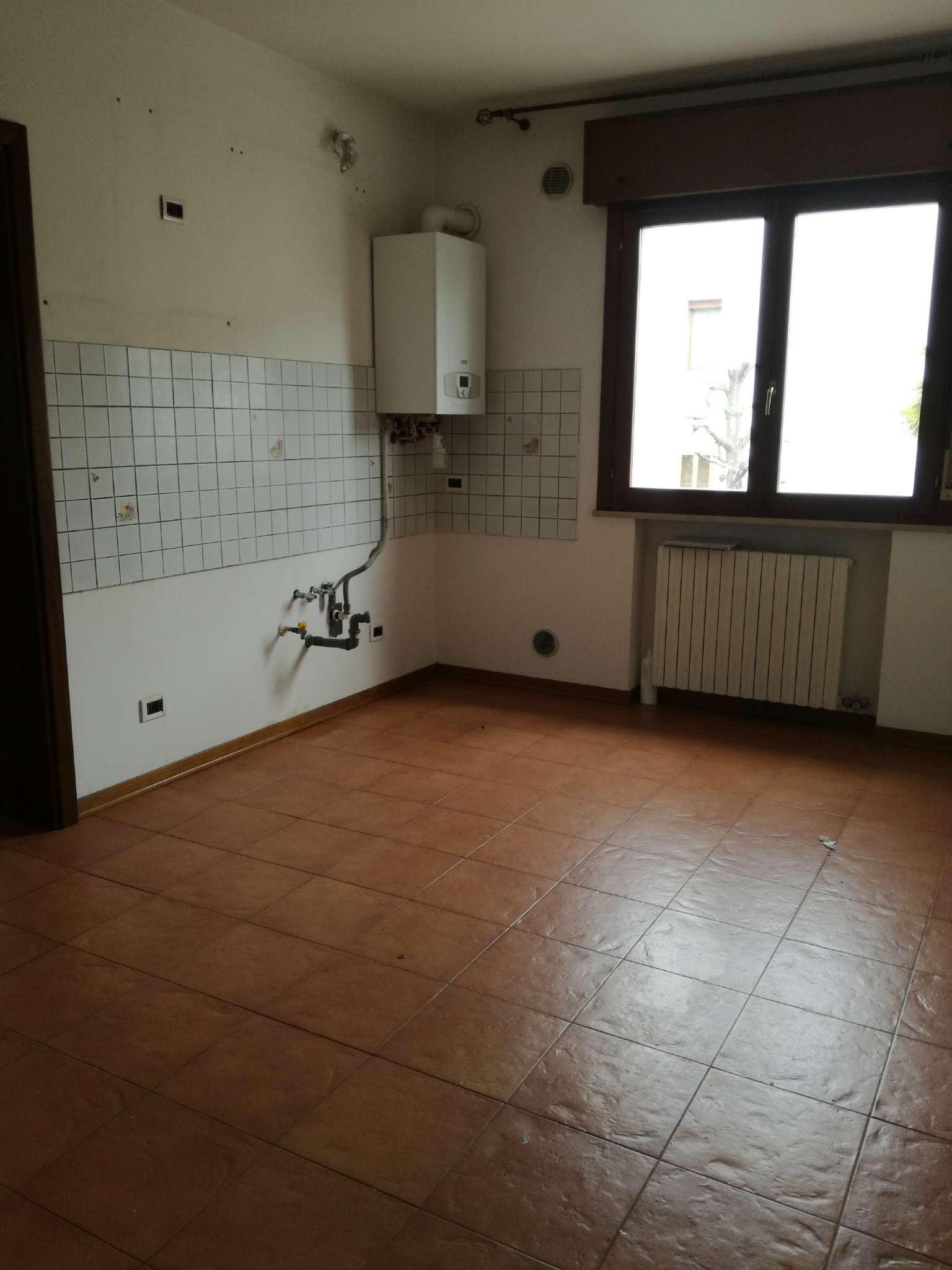 Appartamento in vendita a Mira, 3 locali, prezzo € 450 | Cambio Casa.it