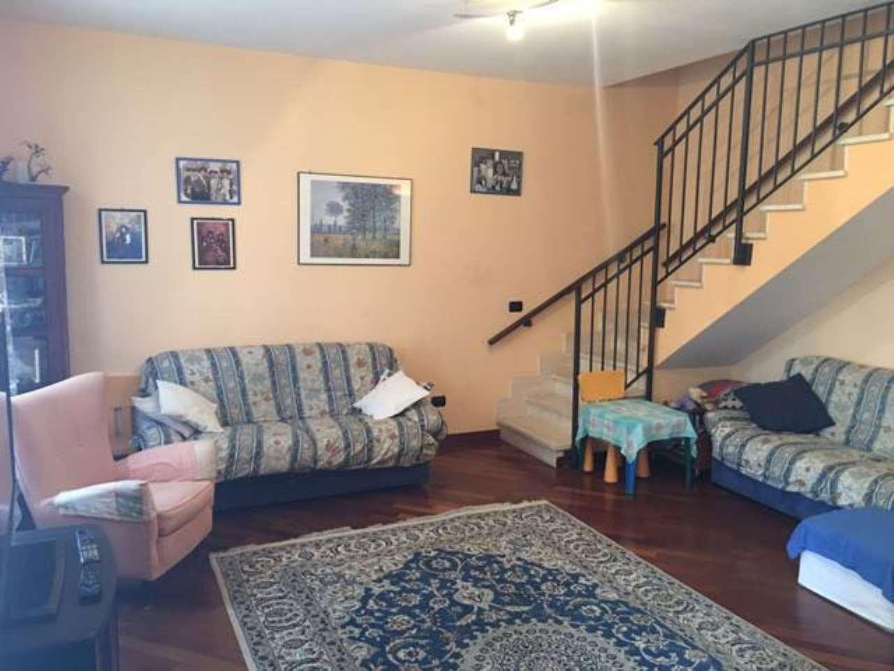 Appartamento 6 locali in vendita a Alessandria (AL)