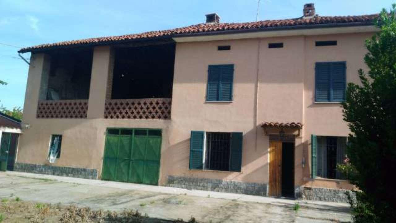 Rustico / Casale in vendita a Quargnento, 4 locali, prezzo € 90.000 | CambioCasa.it