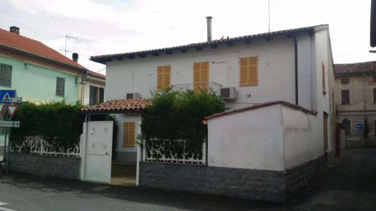 Rustico / Casale in vendita a Pietra Marazzi, 3 locali, prezzo € 75.000 | CambioCasa.it