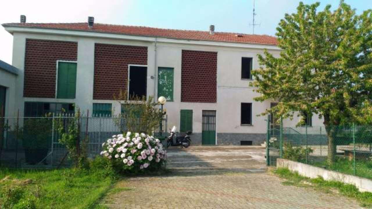 Rustico / Casale in vendita a Alessandria, 6 locali, prezzo € 150.000 | CambioCasa.it