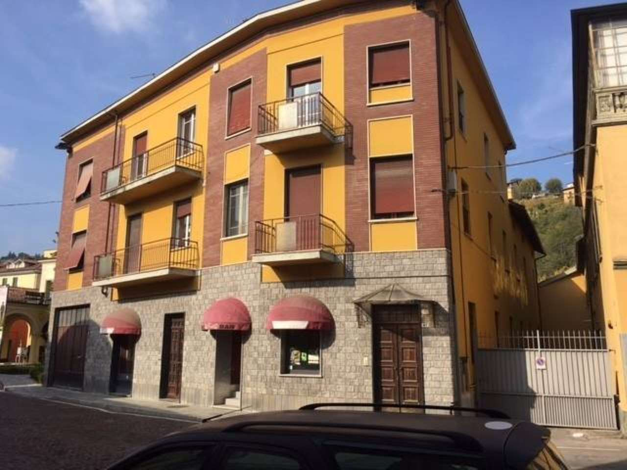 Soluzione Indipendente in vendita a Canelli, 9999 locali, Trattative riservate | CambioCasa.it