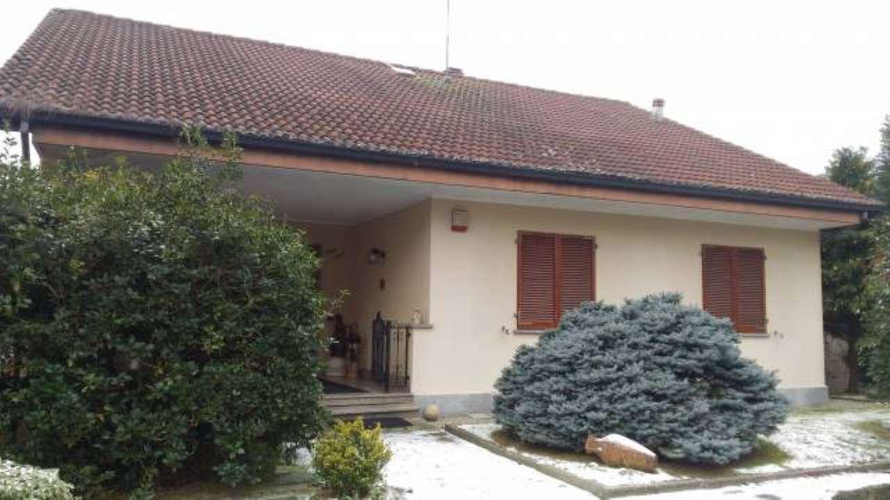 Villa in vendita a Castelletto Monferrato, 4 locali, prezzo € 350.000 | CambioCasa.it