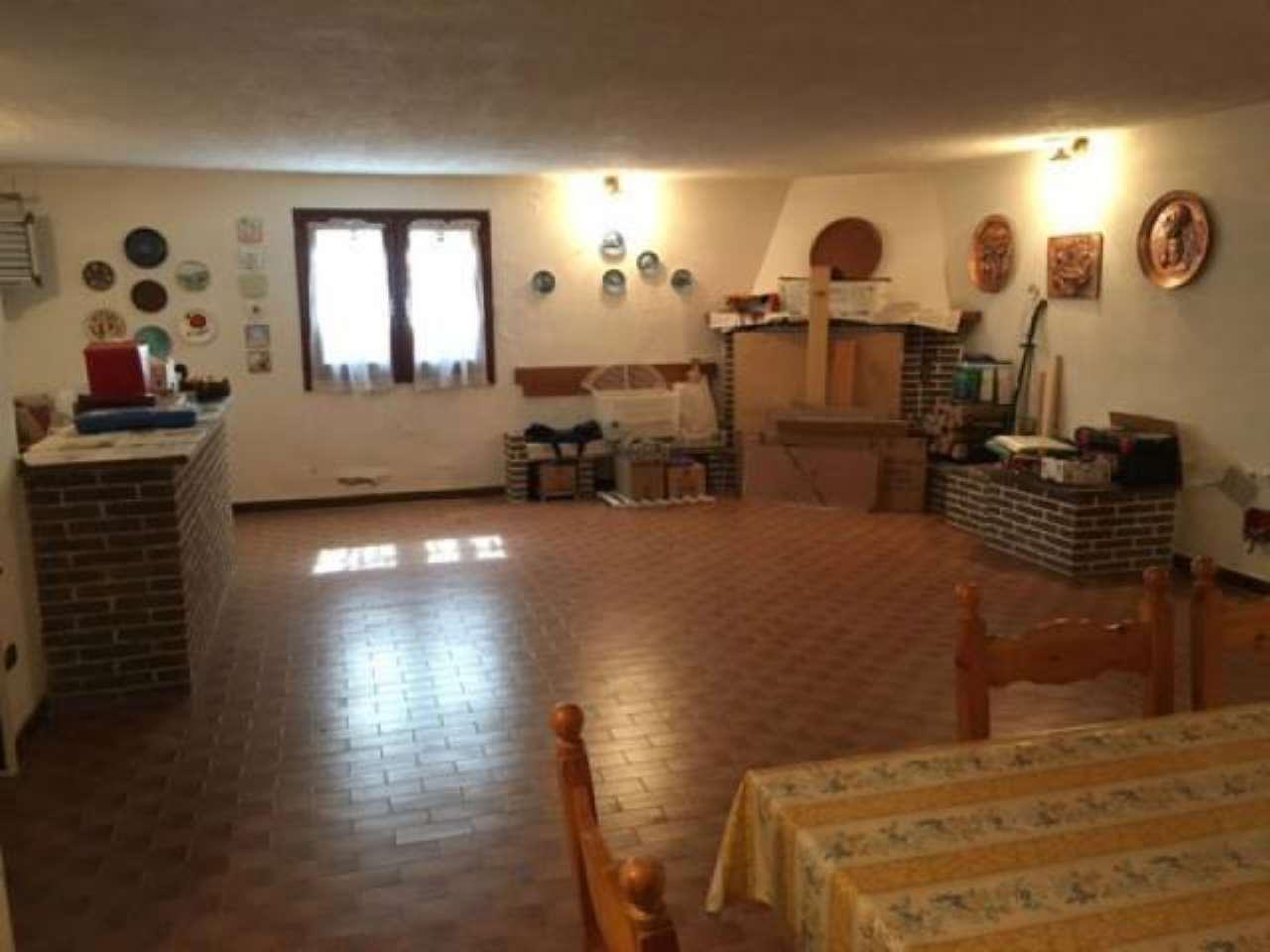 Soluzione Indipendente in vendita a Alessandria, 4 locali, prezzo € 200.000 | CambioCasa.it