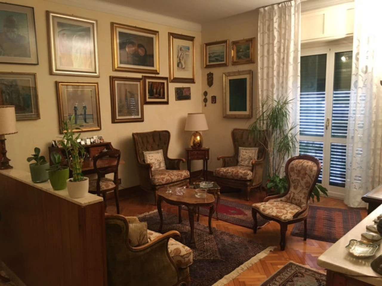 Appartamento in vendita a Alessandria, 4 locali, prezzo € 110.000 | CambioCasa.it
