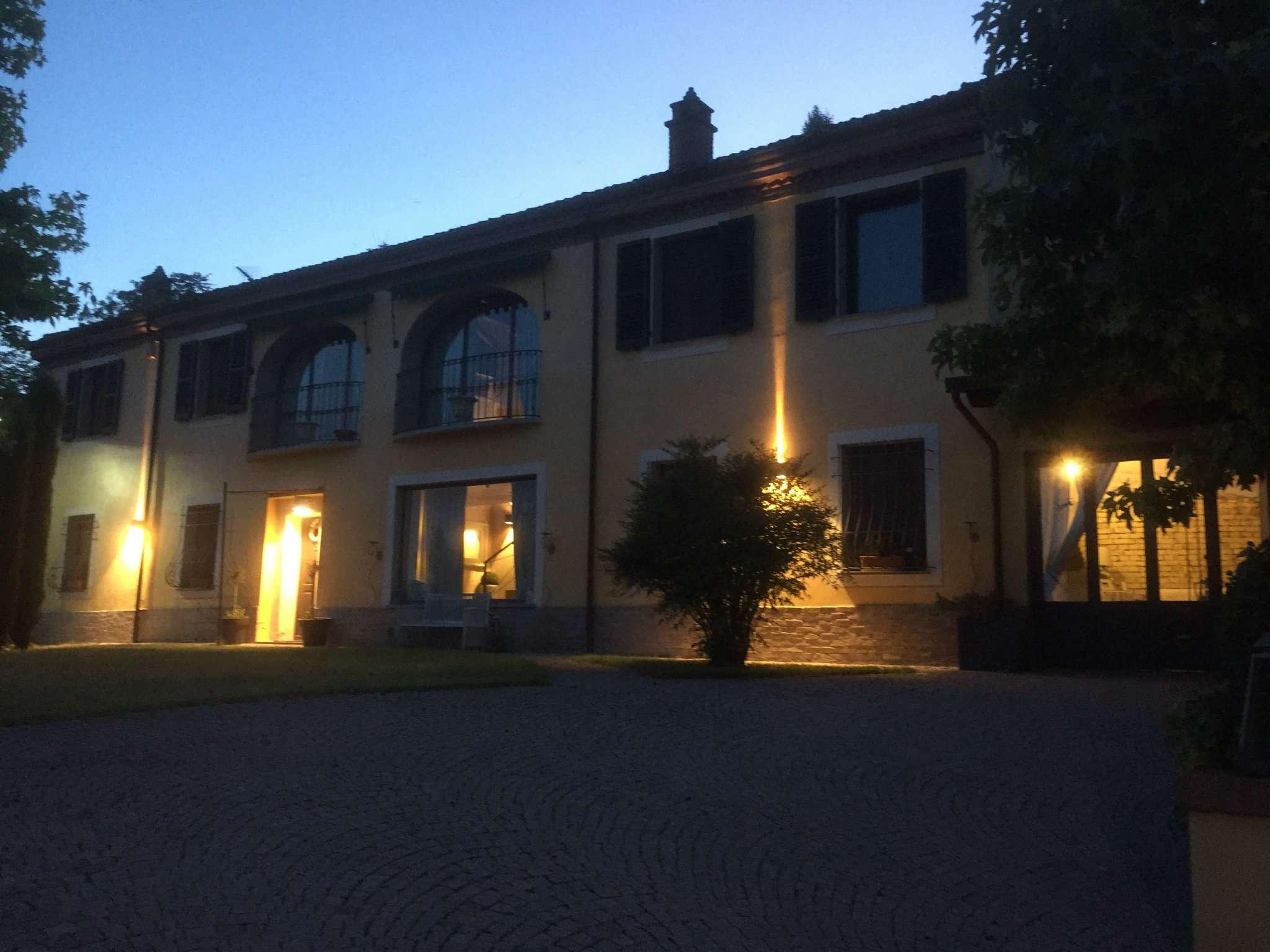 Villa in vendita a Montecastello, 4 locali, Trattative riservate | CambioCasa.it