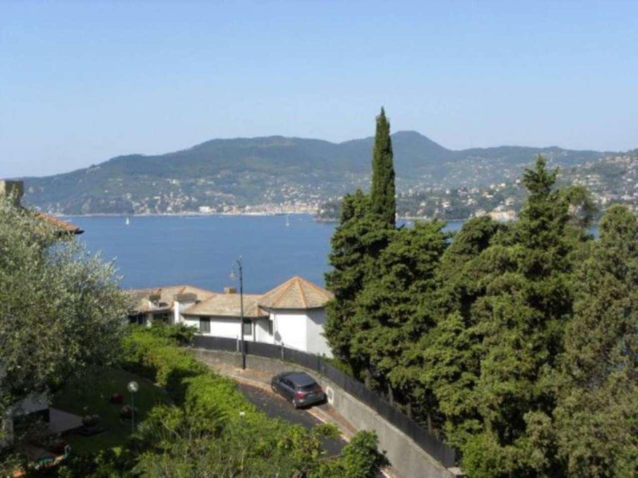 Appartamento in vendita a Zoagli, 6 locali, prezzo € 275.000 | Cambio Casa.it