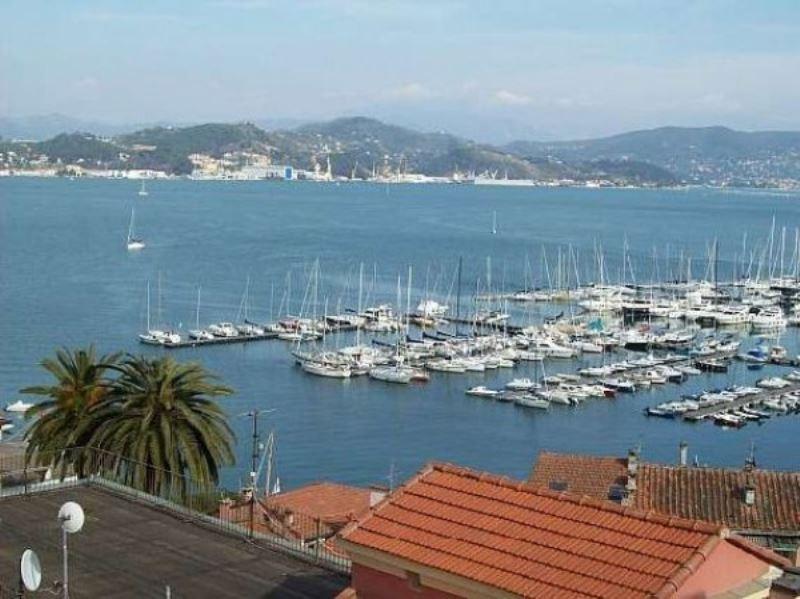 Appartamento in vendita a Portovenere, 5 locali, prezzo € 430.000   Cambio Casa.it
