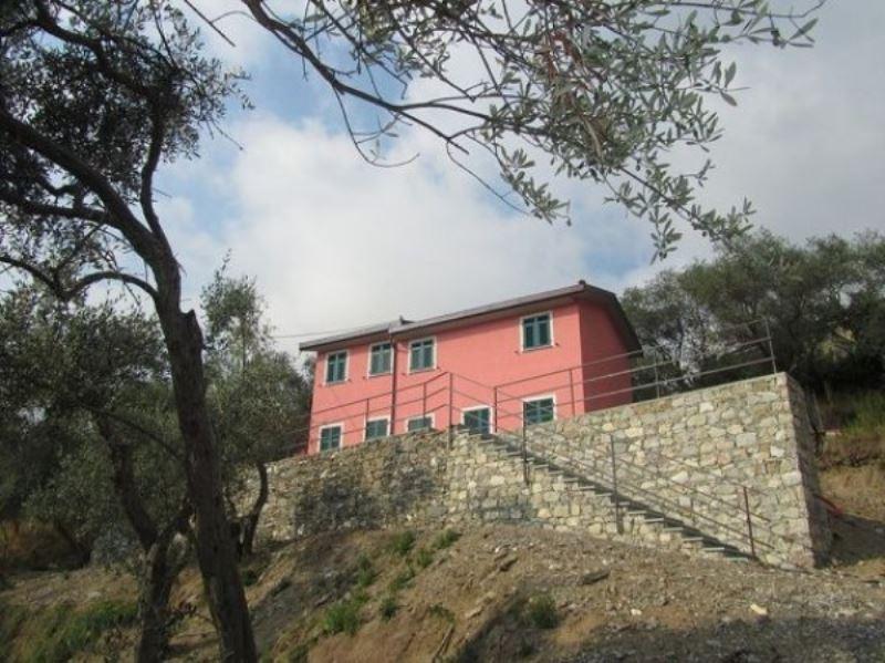 Villa in vendita a Moneglia, 5 locali, prezzo € 440.000 | Cambio Casa.it