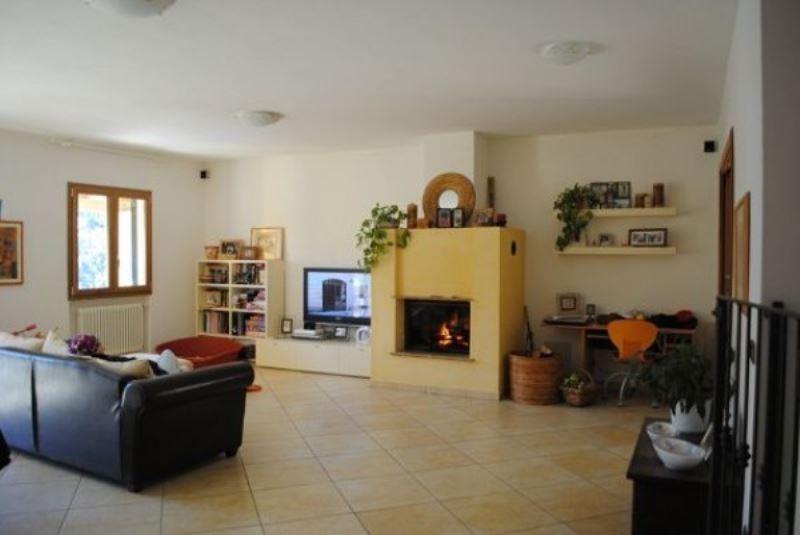 Villa in vendita a Deiva Marina, 6 locali, prezzo € 335.000 | Cambio Casa.it
