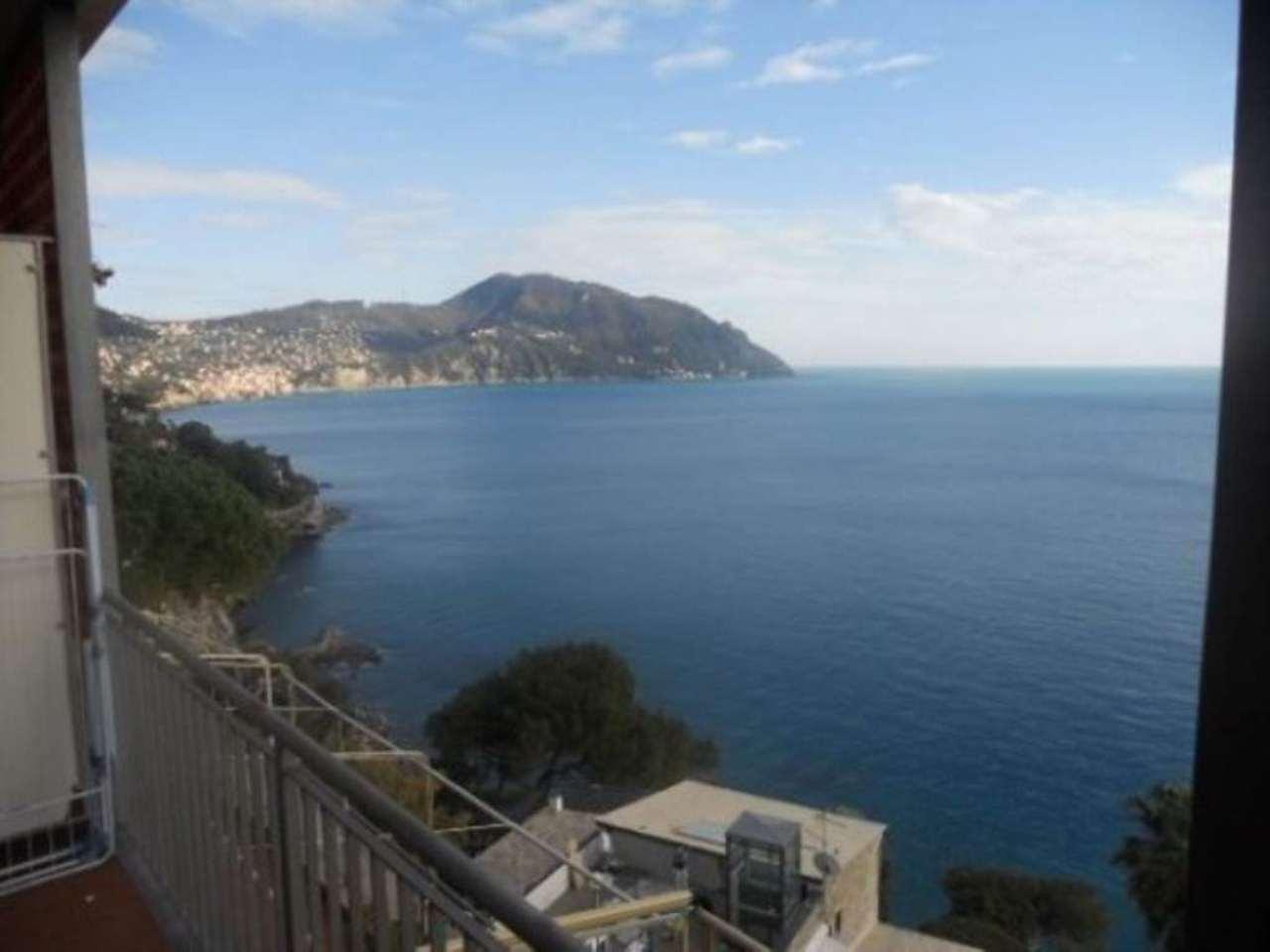 Appartamento in vendita a Sori, 5 locali, prezzo € 395.000 | Cambio Casa.it