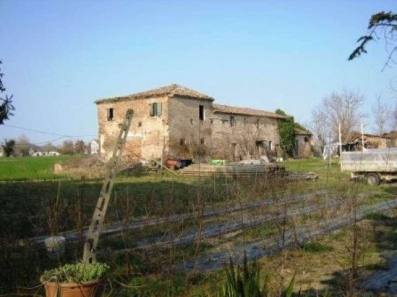 Rustico / Casale in vendita a Cesena, 6 locali, prezzo € 246.000 | Cambio Casa.it