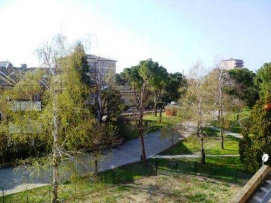 Appartamento in vendita a Cesena, 6 locali, prezzo € 315.000 | Cambio Casa.it