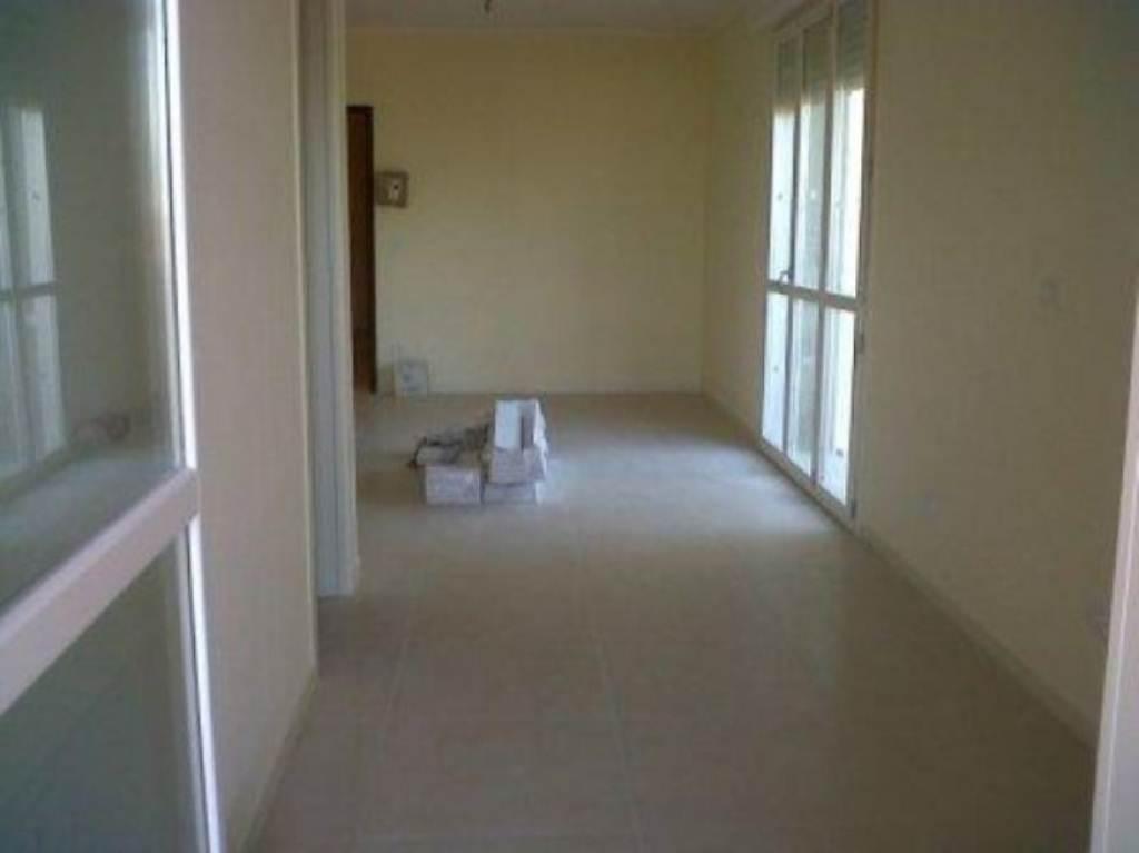 Appartamento in vendita a Cesena, 3 locali, prezzo € 165.000 | Cambio Casa.it