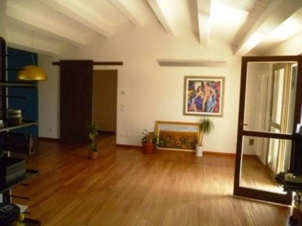 Attico / Mansarda in affitto a Cesena, 5 locali, prezzo € 1.150 | Cambio Casa.it
