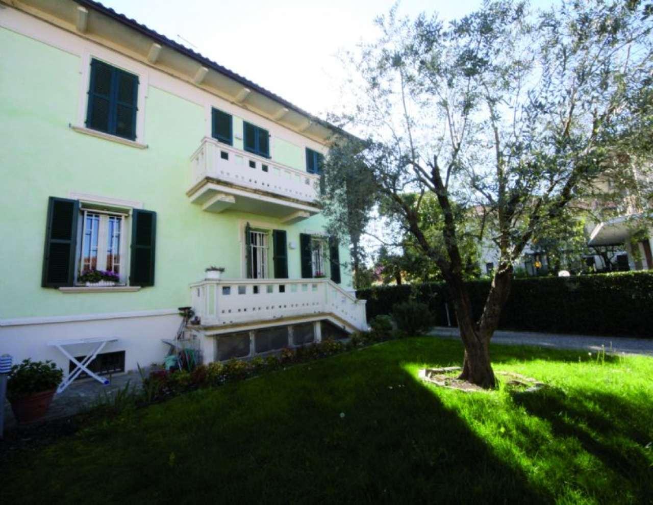 Villa Bifamiliare in vendita a Cesena, 10 locali, Trattative riservate | Cambio Casa.it