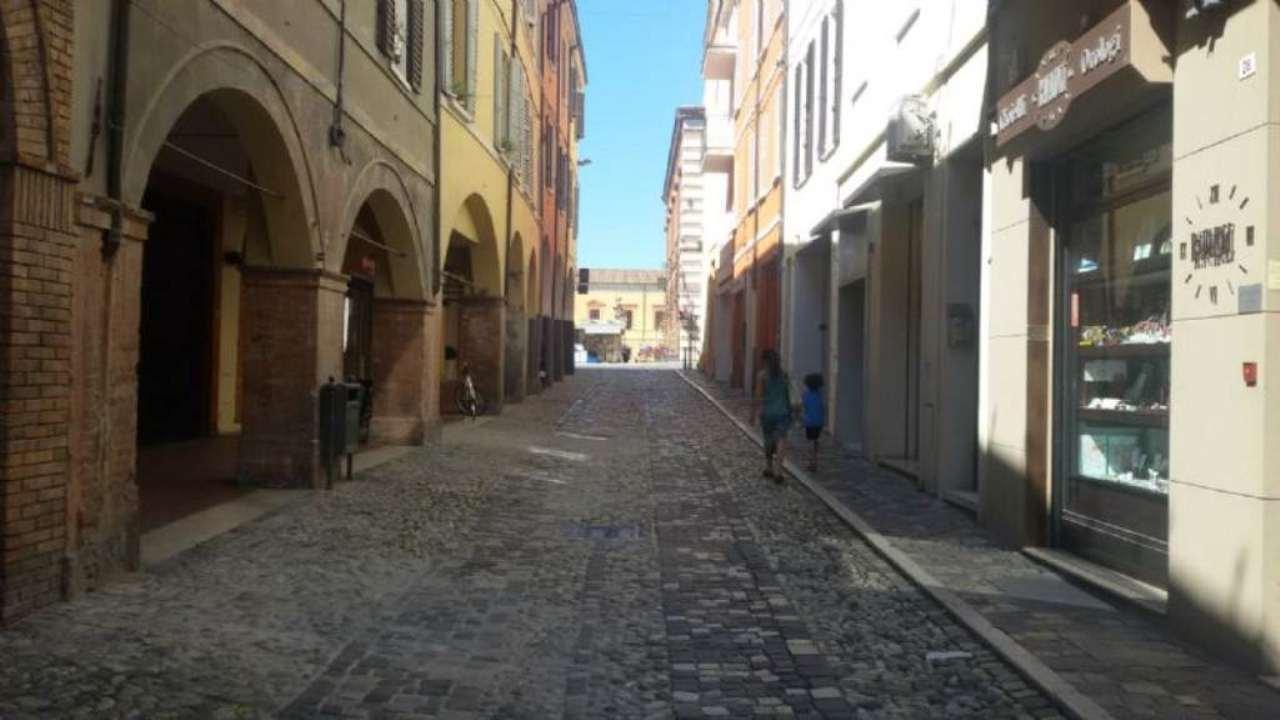 Negozio / Locale in Vendita a Cesena
