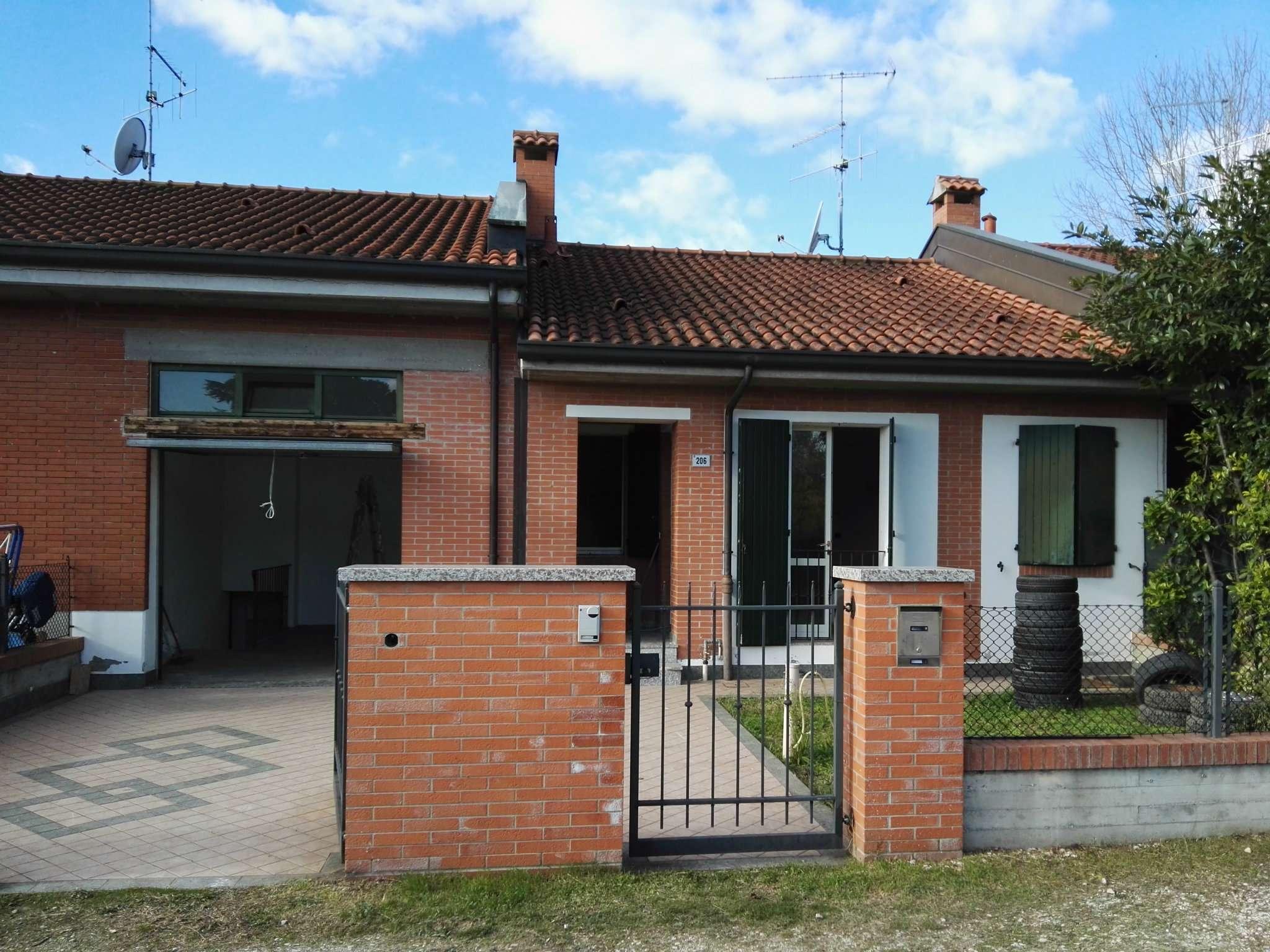Soluzione Indipendente in vendita a Cesena, 4 locali, prezzo € 205.000 | Cambio Casa.it