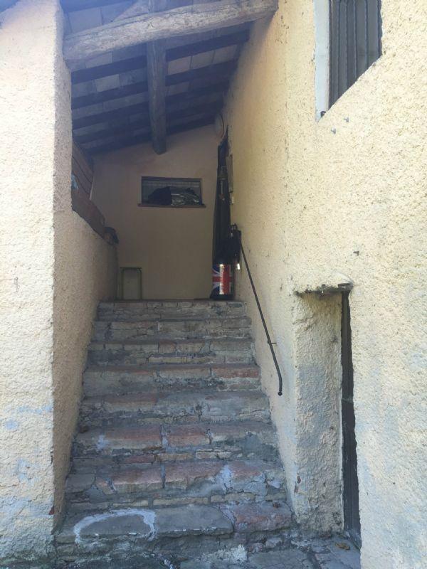 Rustico / Casale in affitto a Perugia, 4 locali, prezzo € 450 | Cambio Casa.it