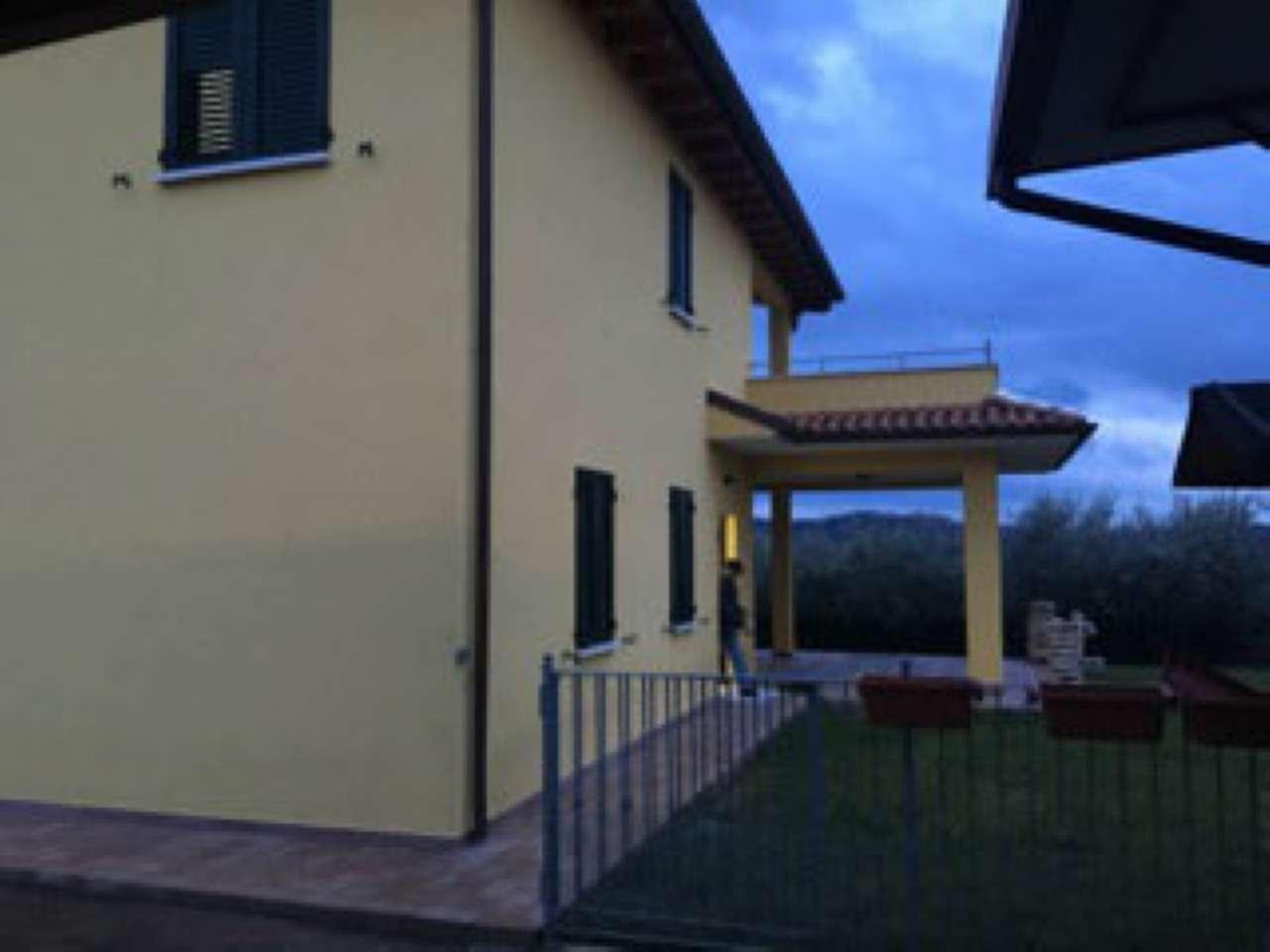 Villa in affitto a Perugia, 8 locali, prezzo € 800 | Cambio Casa.it
