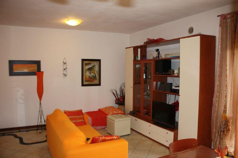 Appartamento in affitto a Corciano, 2 locali, prezzo € 450 | Cambio Casa.it