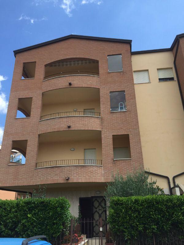Appartamento in affitto a Bastia Umbra, 2 locali, prezzo € 400 | Cambio Casa.it