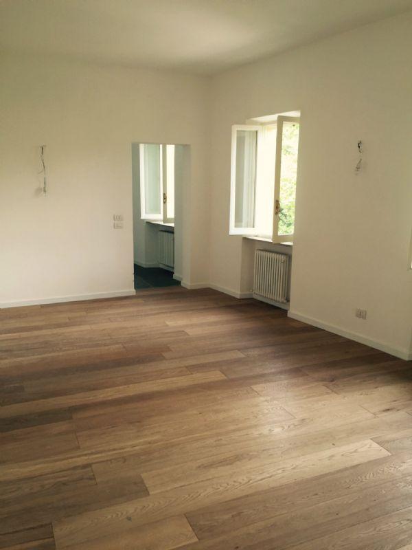 Appartamento in affitto a Perugia, 5 locali, prezzo € 1.200 | Cambio Casa.it